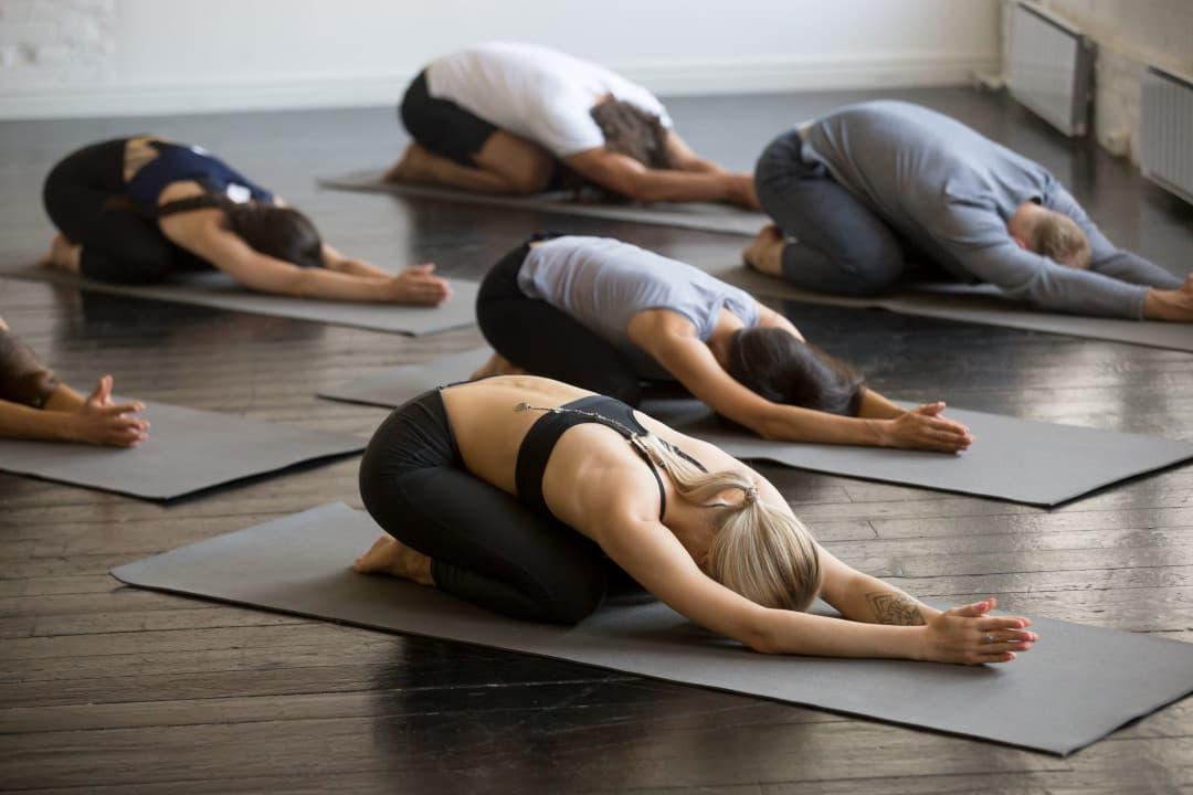 瑜伽垫购物指南: 哪种瑜伽垫比较好? 买多厚的?